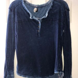 "Free People Stylish ""Distressed Jean"" Long Sleeve"